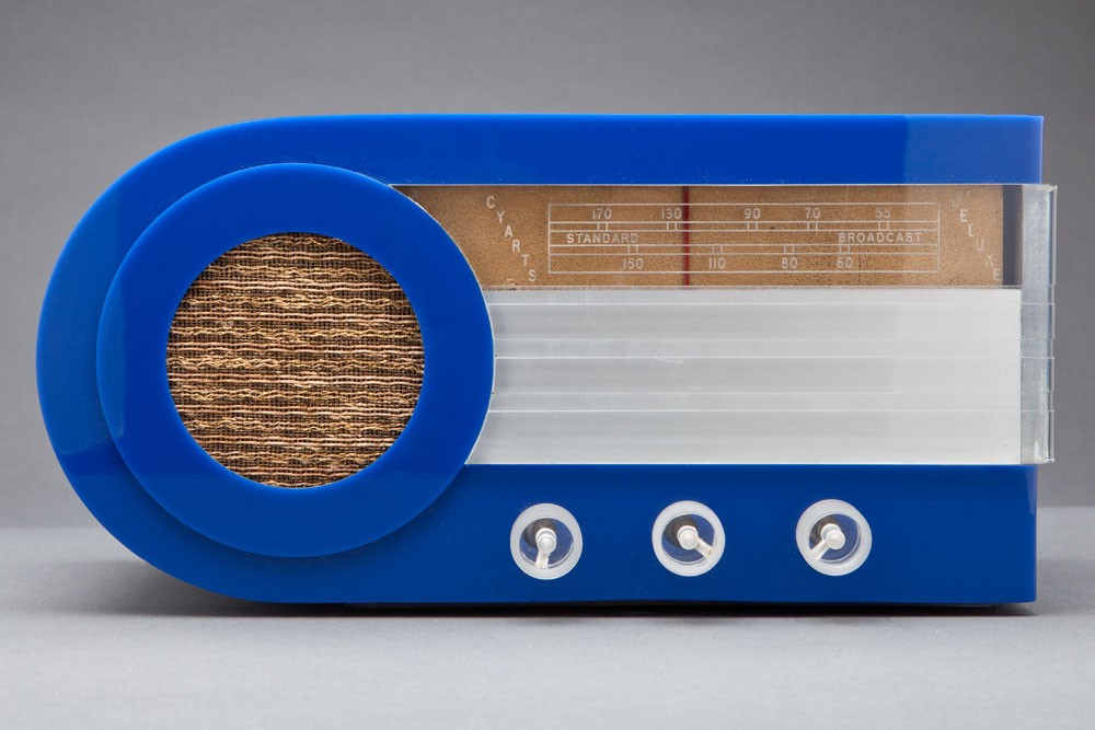"Bright Blue Plexon + Lucite CYARTS B Deluxe ""Bullet"" Radio from 1946"